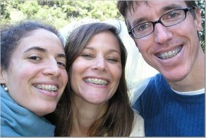 Feste Zahnspange bei Erwachsenen