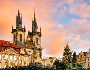 Prag und günstiger Zahnersatz