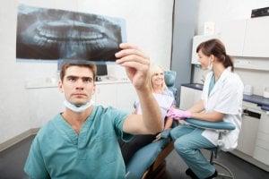 Gute Standards in bei der Zahnklinik in Tschechien