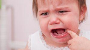 Backenzähne beim Baby tun besonders weh.