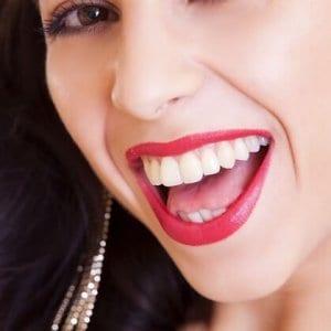Lächeln ist wieder möglich durch die neue Füllung.