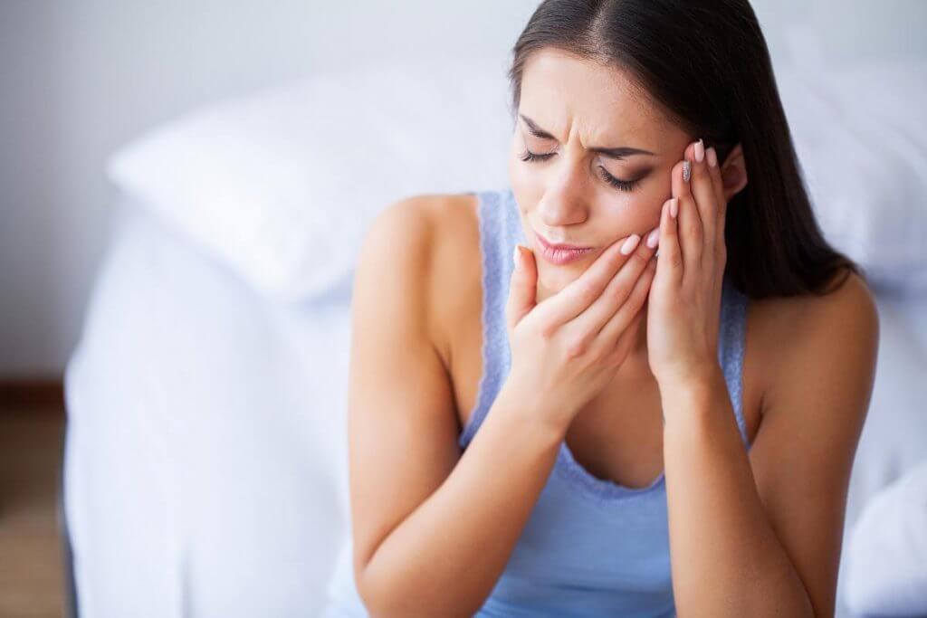 Wie lange hat man Schmerzen nach der Zahnextraktion