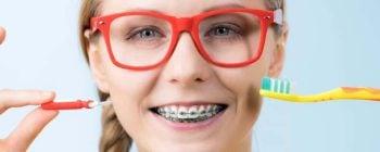 brush teeth with braces