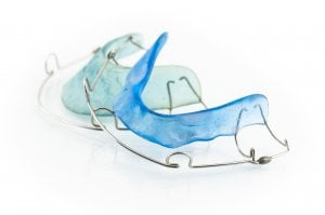 retainer for straightened teeth