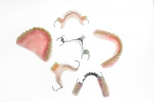 Variety of artificial teeth appliances