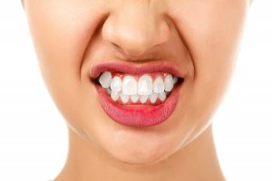 Problems with teeth clenching and grinding