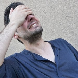 teeth grinding symptoms and causes