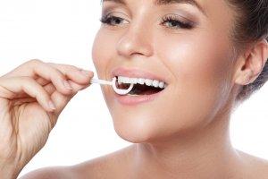 floss sticks picks for teeth