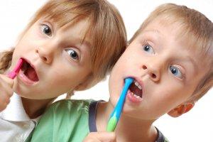 see plaque on children's teeth