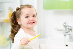 child toothpaste toothbrush