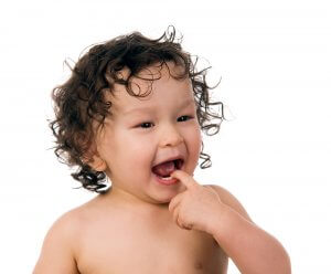 baby teeth coming in
