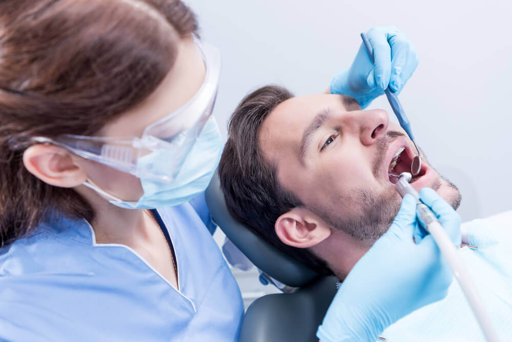 tooth extraction dry socket treatment