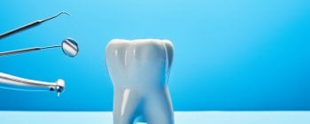 Dry socket due to tooth extraction