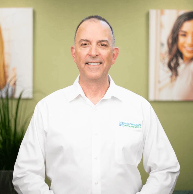 Dr.Greg Nalchajian
