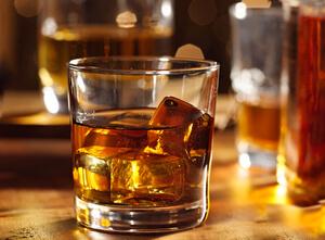 como curar aliviar el dolor de muelas con alcohol