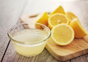 uso medicinal del limón para prevenir la aparición de la lengua blanca