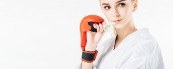 Los protectores bucales protegen tus dientes de traumas por impactos fuertes