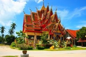 Get dental implants in Thailand