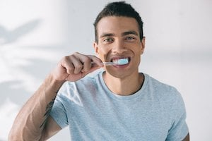 How long are you supposed to brush your teeth