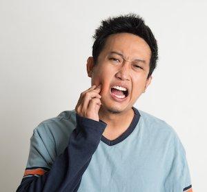 wisdom teeth cause bad breath