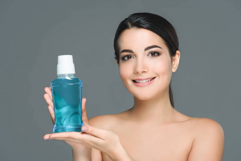 mouthwash for cleaning retainers