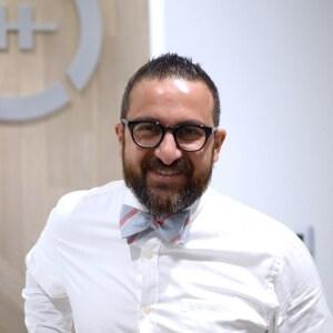 Dr.Rooz Khosravi