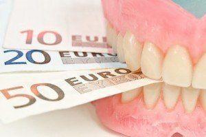 Quel est le prix d'un dentier complet