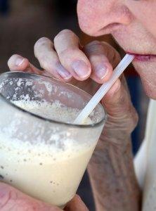 boire à la paille