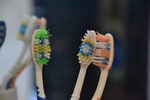 Brosses à dents usées