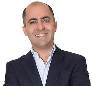 Dr.Arash Zarrinpour