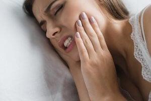 douleur irradiante pour une névralgie dentaire